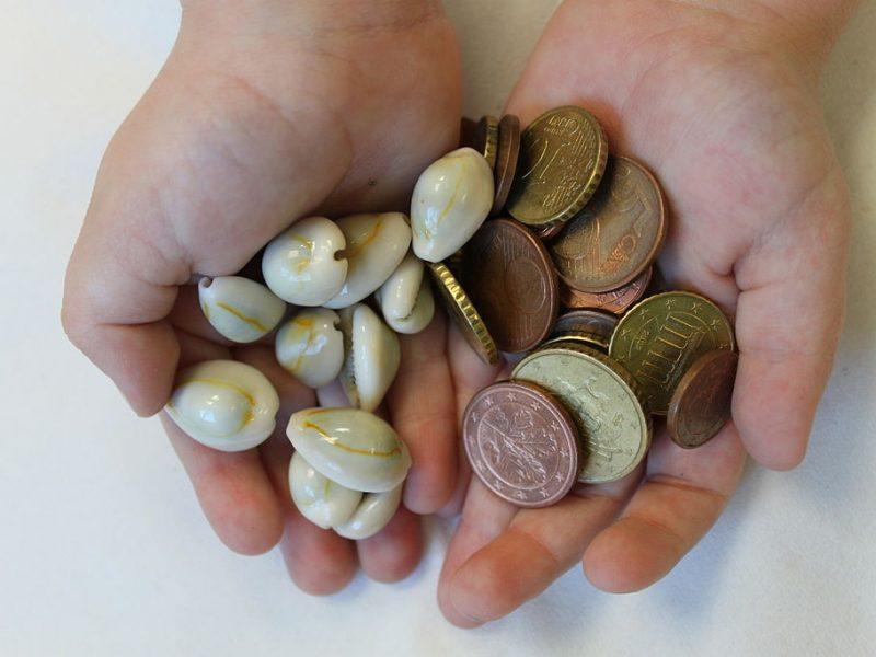Давать ли детям деньги?